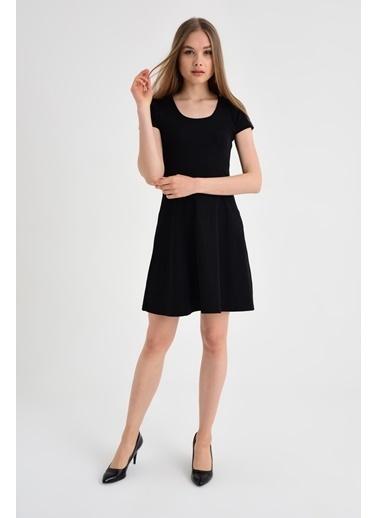 Jument Pullu Eteği Kiloş Elbise -Siyah  Siyah